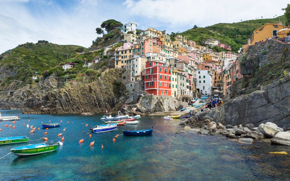 Explore Cinque Terre and its quaint village