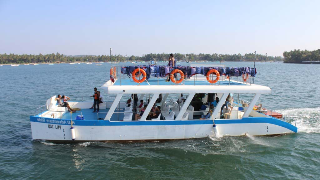 A CRUISE ON RIVER MANDOVI GOA