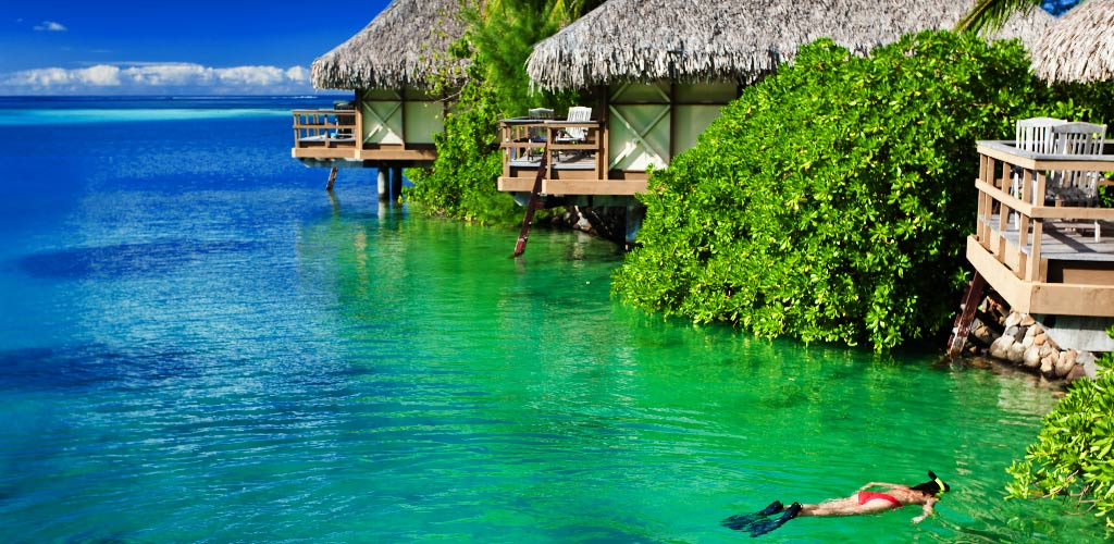 1-water-bungalow