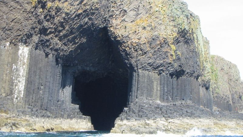 FINGAL'S CAVE, STAFFA, THE INNER HEBRIDES
